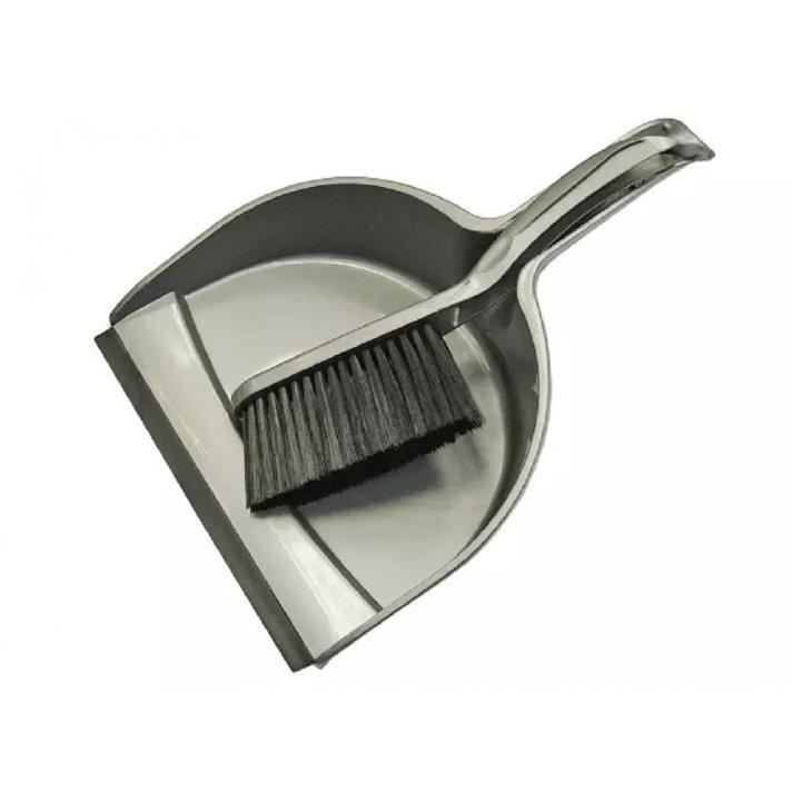 Dust Pans & Mops