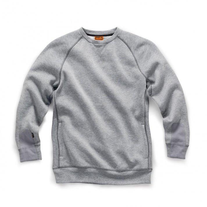 Sweaters, Hoodies & Fleeces